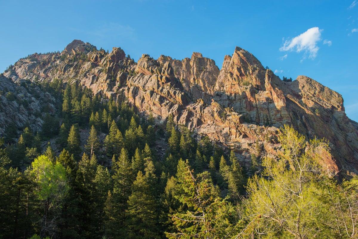 Free Soloing Fatality at Eldorado Canyon
