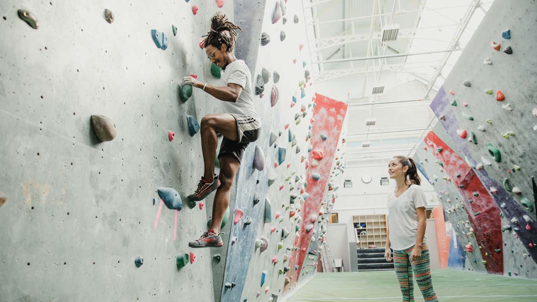 Are climbing sports responsible for teaching outdoor etiquette?